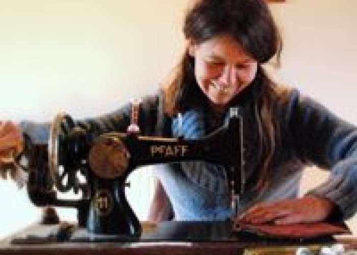 image de Les rencontres créatives chez La Dame Ô Fleurs : fabriquez votre porte-monnaie ou sac à main