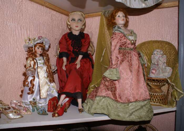 image de Musée des poupées classiques, historiques et folkloriques